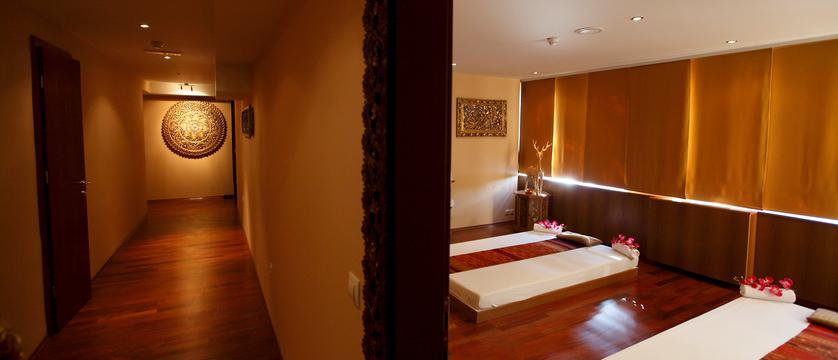 Park_Thai massage.jpg